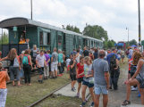 Nádraží v Rožmitále zaplnily davy lidí (10)