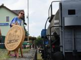 Nádraží v Rožmitále zaplnily davy lidí (2)