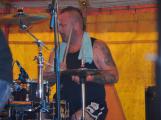 Punkové legendy přijely na Dobříš a zaplnily šapitó (27)