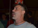 Punkové legendy přijely na Dobříš a zaplnily šapitó (10)