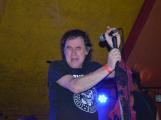 Punkové legendy přijely na Dobříš a zaplnily šapitó (17)