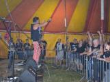 Punkové legendy přijely na Dobříš a zaplnily šapitó (14)
