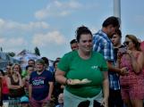 Vitěz soutěže v pojídání knedlíků poletí balónem (20)