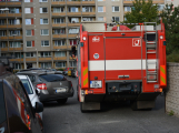 Tři metry k životu: Hasičům blokují průjezd špatně zaparkovaná auta (72)