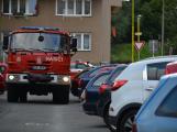 Tři metry k životu: Hasičům blokují průjezd špatně zaparkovaná auta (69)