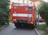 Tři metry k životu: Hasičům blokují průjezd špatně zaparkovaná auta (65)