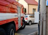 Tři metry k životu: Hasičům blokují průjezd špatně zaparkovaná auta (16)