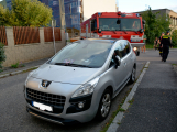 Tři metry k životu: Hasičům blokují průjezd špatně zaparkovaná auta (19)