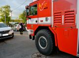 Tři metry k životu: Hasičům blokují průjezd špatně zaparkovaná auta (21)