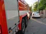 Tři metry k životu: Hasičům blokují průjezd špatně zaparkovaná auta (22)
