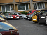 Tři metry k životu: Hasičům blokují průjezd špatně zaparkovaná auta (14)