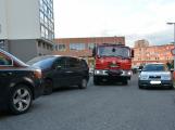 Tři metry k životu: Hasičům blokují průjezd špatně zaparkovaná auta (8)