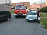 Tři metry k životu: Hasičům blokují průjezd špatně zaparkovaná auta (11)