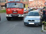 Tři metry k životu: Hasičům blokují průjezd špatně zaparkovaná auta (26)
