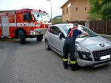 Tři metry k životu: Hasičům blokují průjezd špatně zaparkovaná auta (51)