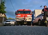 Tři metry k životu: Hasičům blokují průjezd špatně zaparkovaná auta (52)