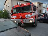 Tři metry k životu: Hasičům blokují průjezd špatně zaparkovaná auta (33)