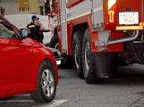 Tři metry k životu: Hasičům blokují průjezd špatně zaparkovaná auta (37)