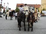 Svatohorská Šalmaj: Den plný hudby, tanců, loutek a šermu (3)