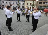 Svatohorská Šalmaj: Den plný hudby, tanců, loutek a šermu (4)