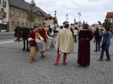 Svatohorská Šalmaj: Den plný hudby, tanců, loutek a šermu (5)