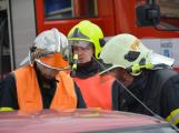 V sobotu oslavili březničtí hasiči narozeniny, mezi dárky byl i nový automobil (37)