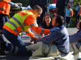 Cvičení záchranných složek: Na Příbramsku havaroval autobus s vězni, dva utekli (15)