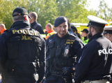 Cvičení záchranných složek: Na Příbramsku havaroval autobus s vězni, dva utekli (5)