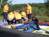 Cvičení záchranných složek: Na Příbramsku havaroval autobus s vězni, dva utekli (10)