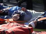 Cvičení záchranných složek: Na Příbramsku havaroval autobus s vězni, dva utekli (11)
