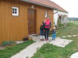 Nepřijali jí syna do školky. Opravila zchátralé stavení a založila svou vlastní dětskou skupinu (3)