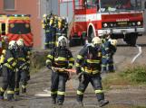 Složky IZS procvičovaly zásah u požáru s výskytem nebezpečné látky (68)