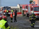 Složky IZS procvičovaly zásah u požáru s výskytem nebezpečné látky (85)