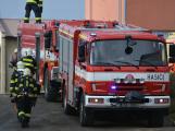 Složky IZS procvičovaly zásah u požáru s výskytem nebezpečné látky (102)