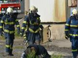 Složky IZS procvičovaly zásah u požáru s výskytem nebezpečné látky (104)