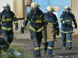 Složky IZS procvičovaly zásah u požáru s výskytem nebezpečné látky (105)