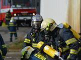 Složky IZS procvičovaly zásah u požáru s výskytem nebezpečné látky (110)