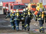 Složky IZS procvičovaly zásah u požáru s výskytem nebezpečné látky (100)
