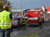 Složky IZS procvičovaly zásah u požáru s výskytem nebezpečné látky (88)