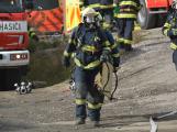 Složky IZS procvičovaly zásah u požáru s výskytem nebezpečné látky (92)