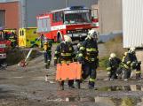Složky IZS procvičovaly zásah u požáru s výskytem nebezpečné látky (94)