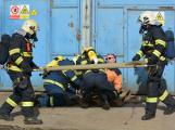Složky IZS procvičovaly zásah u požáru s výskytem nebezpečné látky (95)