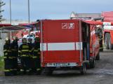 Složky IZS procvičovaly zásah u požáru s výskytem nebezpečné látky (113)