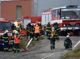 Složky IZS procvičovaly zásah u požáru s výskytem nebezpečné látky (18)