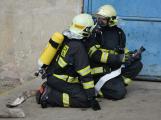 Složky IZS procvičovaly zásah u požáru s výskytem nebezpečné látky (13)