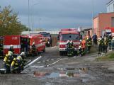 Složky IZS procvičovaly zásah u požáru s výskytem nebezpečné látky (3)