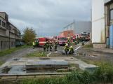 Složky IZS procvičovaly zásah u požáru s výskytem nebezpečné látky (4)