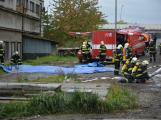 Složky IZS procvičovaly zásah u požáru s výskytem nebezpečné látky (10)