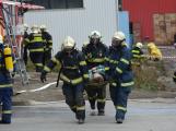 Složky IZS procvičovaly zásah u požáru s výskytem nebezpečné látky (53)