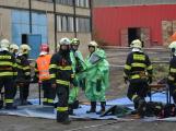 Složky IZS procvičovaly zásah u požáru s výskytem nebezpečné látky (42)